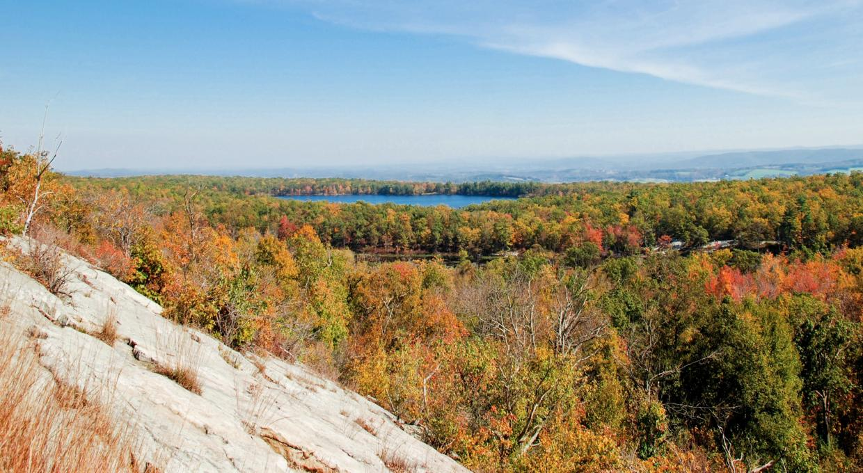 Scenic New Jersey Appalachian Trail - View in High Point State Park - Photo Jeremy Apgar